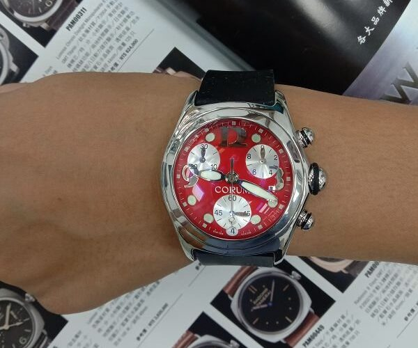 台中流當品拍賣 原裝 CORUM 崑崙 泡泡錶 計時 紅面 石英 男女錶 9成5新 盒單齊 喜歡價可議 ZR498